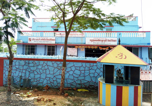 Boarding School at Igatpuri gets a fresh coat of paint with the help of our donors.